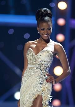 Miss Universo è l'angolana Leila Lopes -