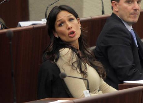Le 'donne' del presidente - Nicole Minetti -