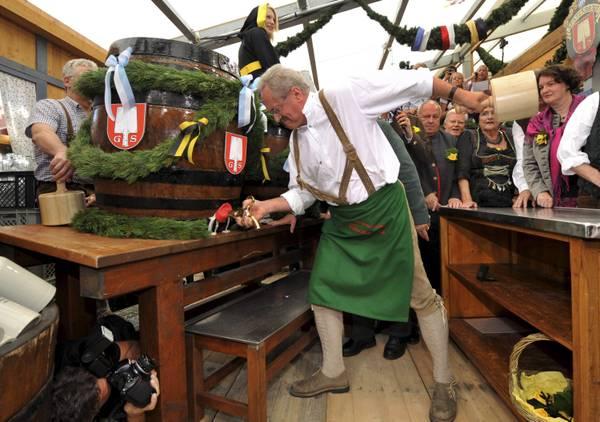 In Germania: Monaco di Baviera, Al via Oktoberfest, oltre 6 milioni di persone da tutto il mondo -