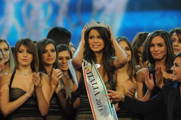 Miss Italia 2011 è la calabrese Stefania Bivone -