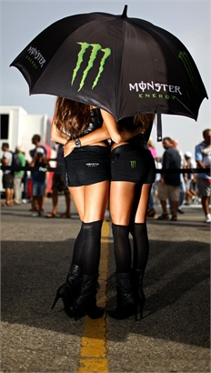 MONSTER GIRLS, MOSTRUOSAMENTE SEXY -
