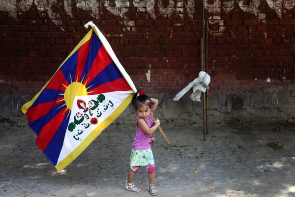 Proteste in India, dopo suicidio di due monaci tibetani -