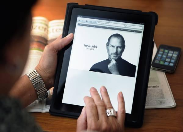 Steve Jobs, il genio della Apple, e' morto per un tumore -