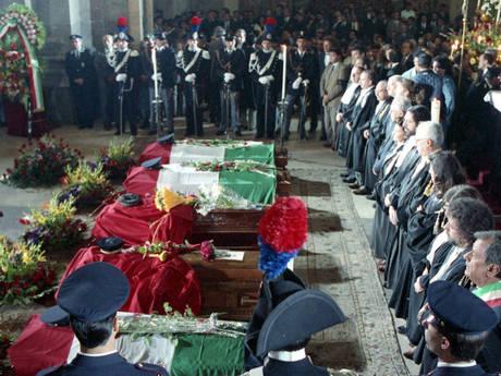 1991 - I funerali di Giovanni Falcone e della sua scorta nel duomo di Palermo