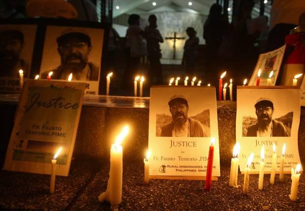 Manila: candele per Fausto Tentorio, prete italiano ucciso -