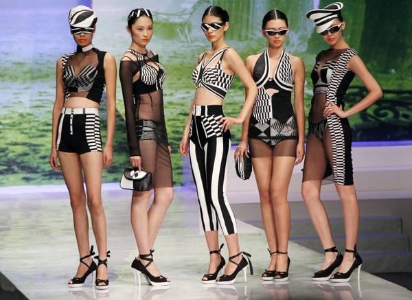Le modelle di Antonina Shapovalova alla Volvo Fashion Week