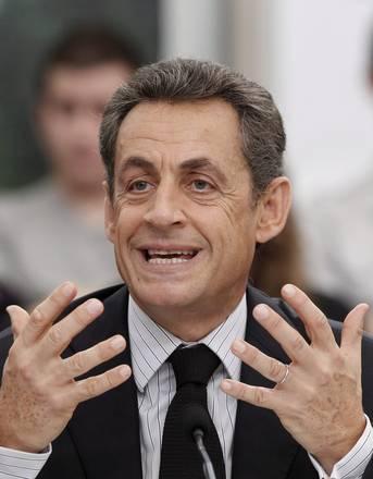 Sarkozy ad un dibattito a Carcassone a sud della Francia