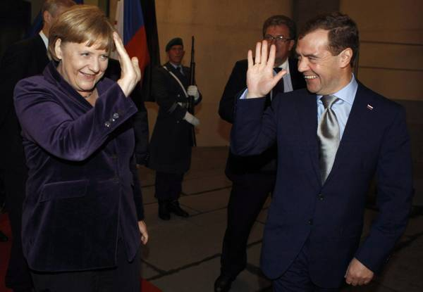 Berlino, il presidente russo Medvedev dal cancelliere Merkel