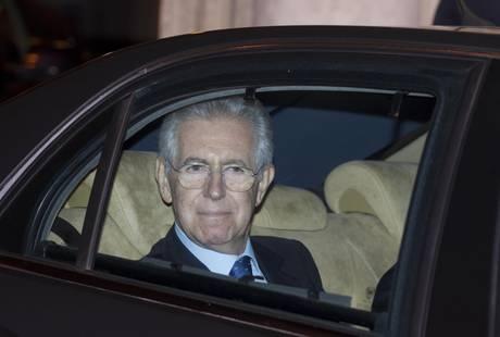 Mario Monti arriva al Quirinale
