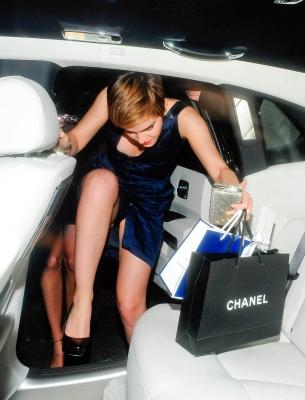Emma Watson è stata colta in una posa sexy l'attrice della Saga di Harry Potter usciti di slip