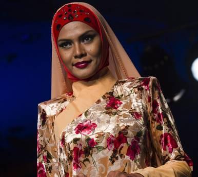 La moda islamica e le dame della Malesia