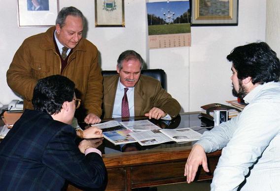 L'ex sindaco di Napoli con due assessori e l'editore Giuseppe Piccolo