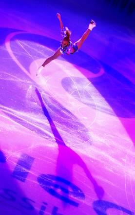 Mosca al gran prix sul ghiaccio, lo show di Kiira Korpi