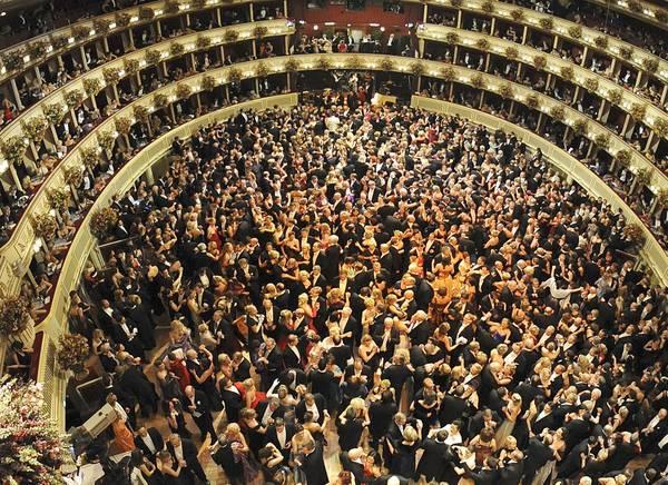 A Vienna il Ballo delle debuttanti