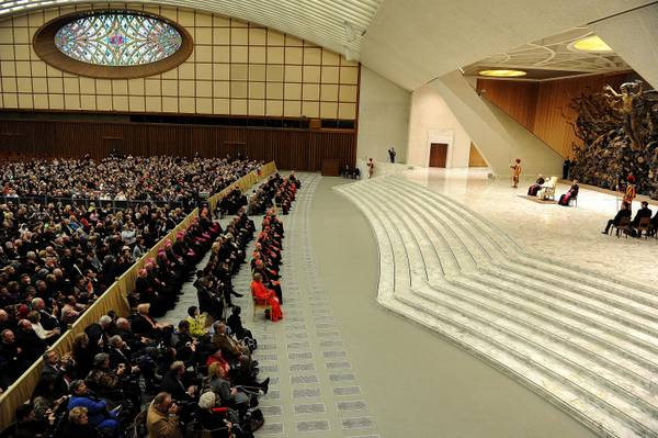 Vaticano: il Papa dà udienza a nuovi cardinali e loro parenti
