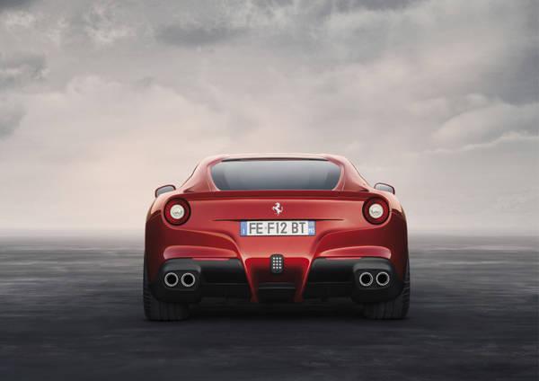 Ferrari, arriva F12berlinetta, la nuova rossa che sorprende