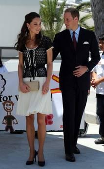 Regina critica le minigonne di Kate