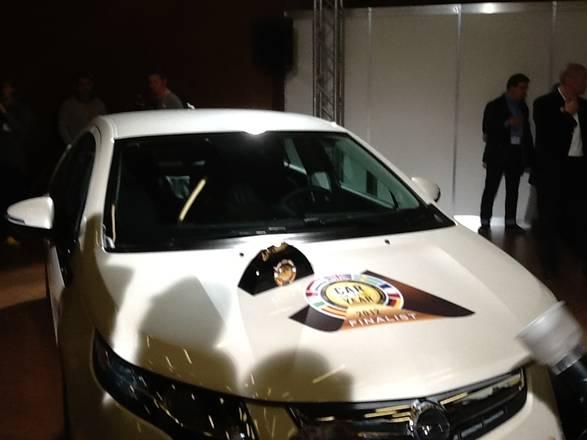 Auto: Opel Ampera e' 'auto dell'anno' 2012. Panda e' quinta