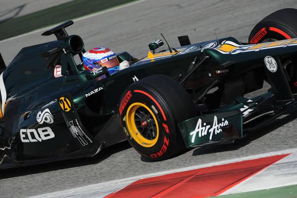 F1: piu' morbide e squadrate, ecco le nuove gomme pirelli