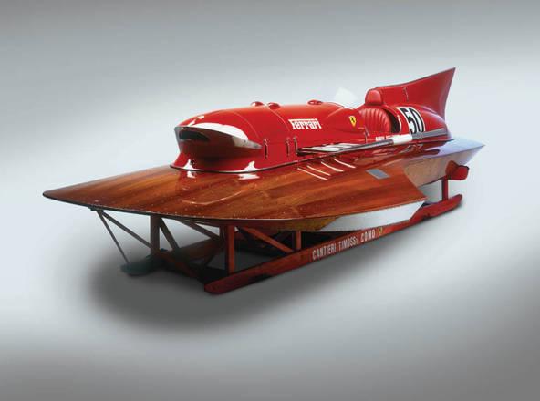 Ferrari, all'asta il racer Arno XI. Barca unica da record