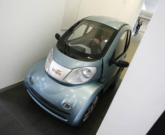 Volpe, Globo l'auto elettrica che si parcheggia in salotto. Segna il rientro di Romano Artioli