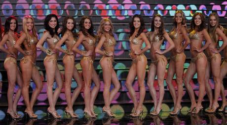 Miss Universo apre a trans, cade un tabù