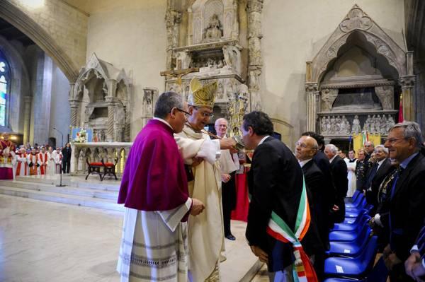 Si e' ripetuto a Napoli il miracolo di S. Gennaro