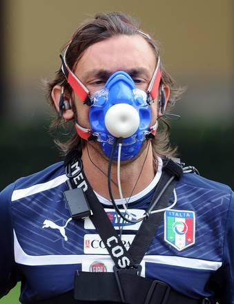 Calcio, test medici a Coverciano: non è un marziano, è Pirlo