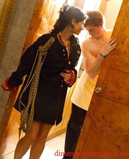 Pippa semi nuda in camera di Harry