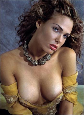Ilary Blasi moglie di Totti, nella foto scandalo