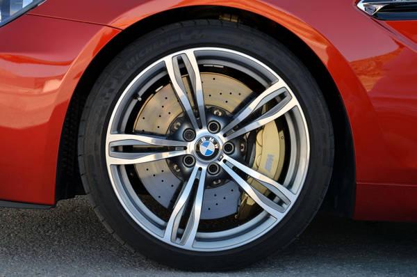 Bmw, con nuove M6 Coupe' e Cabrio. Versioni al top della gamma M con V8 Twin Turbo da 560 Cv