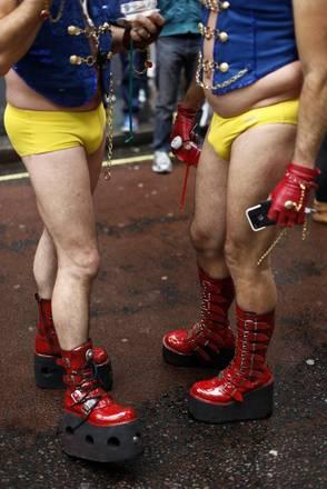 A Londra si rinnova il tradizionale appuntamento con il gay e lesbiche