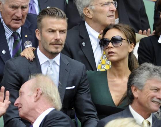 Le sorelle Middleton a Wimbledon. Kate e Pippa per la finale maschile. Ci sono anche i Beckham