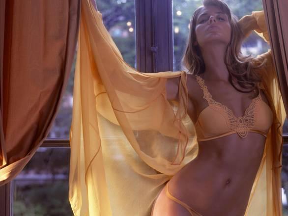 Dal corsetto al push up,  il reggiseno, indumento intimo femminile per eccellenza, compie 100 anni