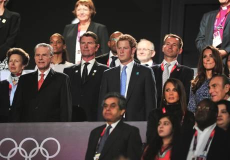 La cerimonia di chiusura. La principessa Anna, Jacques Rogge, i principi Harry e Kate