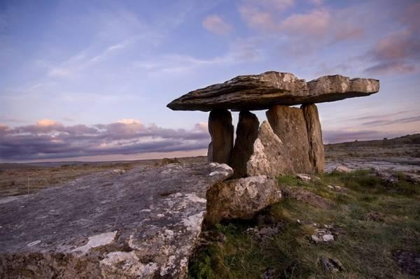I dolmen irlandesi di Burren. Un insolito territorio nell'Irlanda dell'ovest