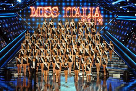 La siciliana Giusy Buscemi, 19 anni, è la nuova Miss Italia 2012