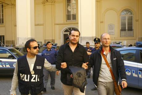 Nuovo colpo ai Casalesi, preso l'ultimo latitante, Massimo Di Caterino