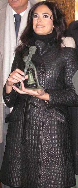 Cucinotta scopre le campane di Agnone. Madrina della Ndocciata 2008