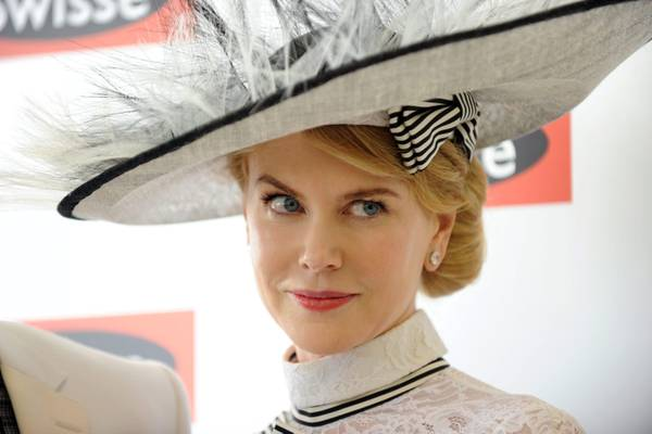 Fascino al Victoria Derby Day, da Nicole a Lara, Lara Bingle e Jennifer Hawkin