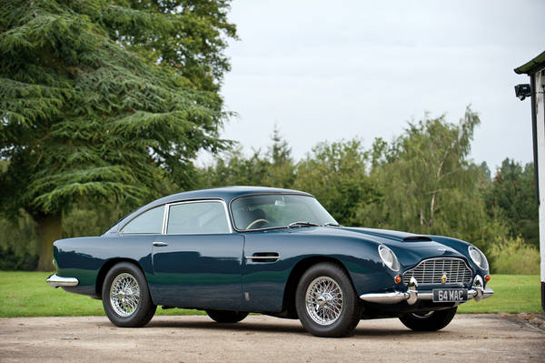 Venduta all'asta l'Aston Martin di Paul McCartney. La DB5 del 1964 e' stata battuta per 378.000 euro