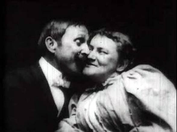 San Valentino: The Kiss 1986, il primo bacio filmato