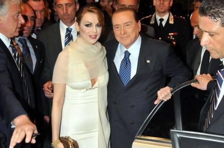 Silvio Berlusconi arriva all'Hotel Palace con la fidanzata Francesca Pascale