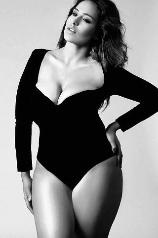 Non esiste una sola bella donna che possa soddisfare tutti i desideri che ispira