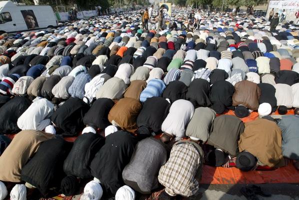 A Baghdad, verso la Mecca e' venerdi' di preghiera -