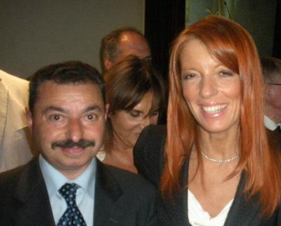 Antonio Camperchioli, componente della Pro loco di Agnone, con l'onorevole Brambilla