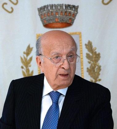A 86 anni, Ciriaco De Mita, è da oggi sindaco di Nusco