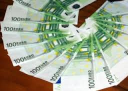 Se il denaro non dà la felicità, neppure la toglie