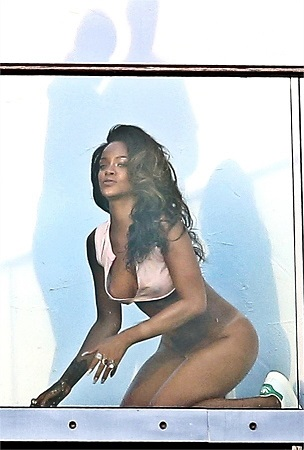 Rihanna nuda, l'ultima frontiera