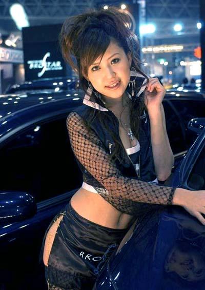 Sesso in autostrada, donna multata